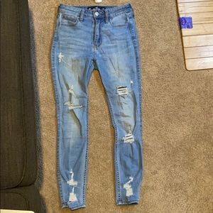 hollister crop ripped jeans